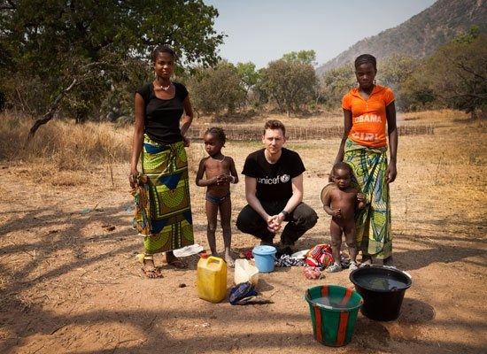 Tom Hiddleston's Guinea field diary: Back in London | FuzeUs